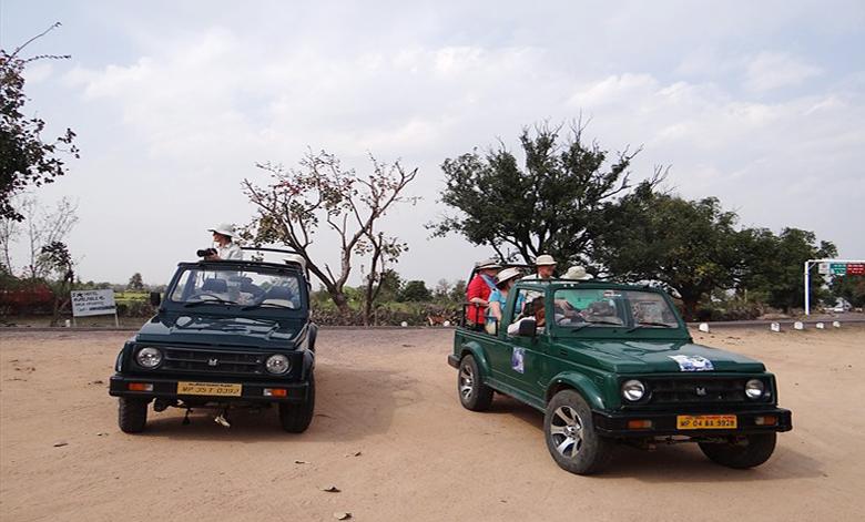 photography-jeep-safari-big